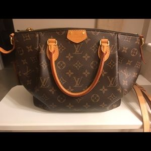 Louis Vuitton Turenne PM in EXCELLENT Condition!